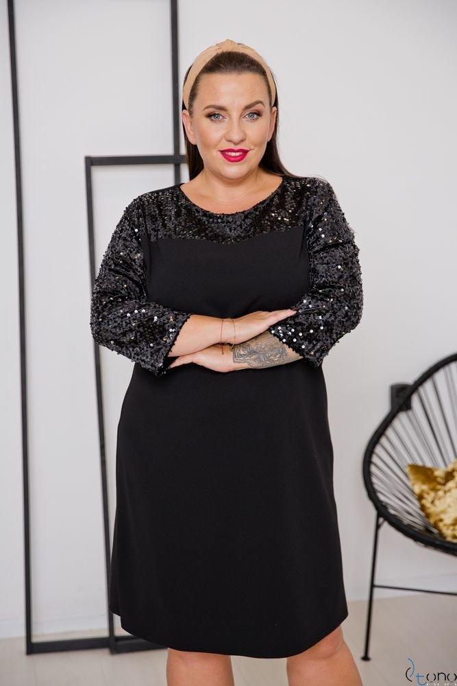 Czarna Sukienka SACRIMA Plus Size Wzór 1