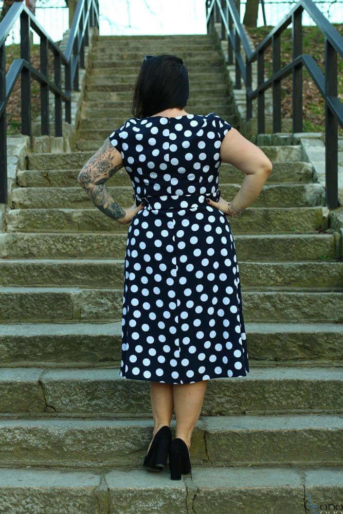 Granatowa Sukienka LIFER Plus Size Grochy