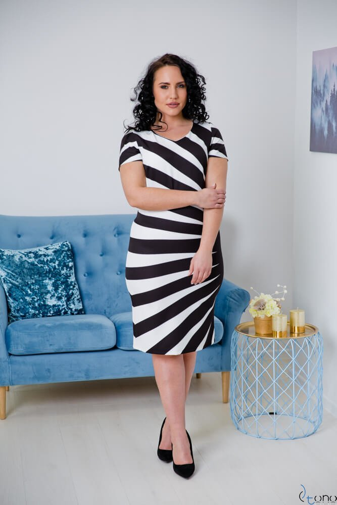 Sukienka CRISTINE Plus Size Wzór 4
