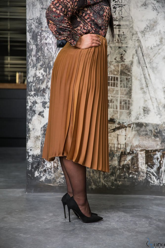 Złota Spódnica SBALIA Plisowana Plus Size