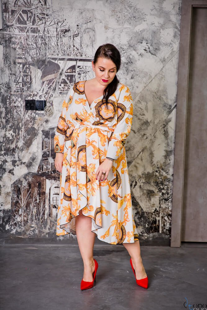 Biało-złota Sukienka PALOMA Plus Szie
