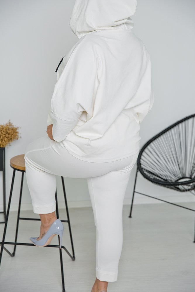 Biały Komplet Dresowy KARDI Plus Size