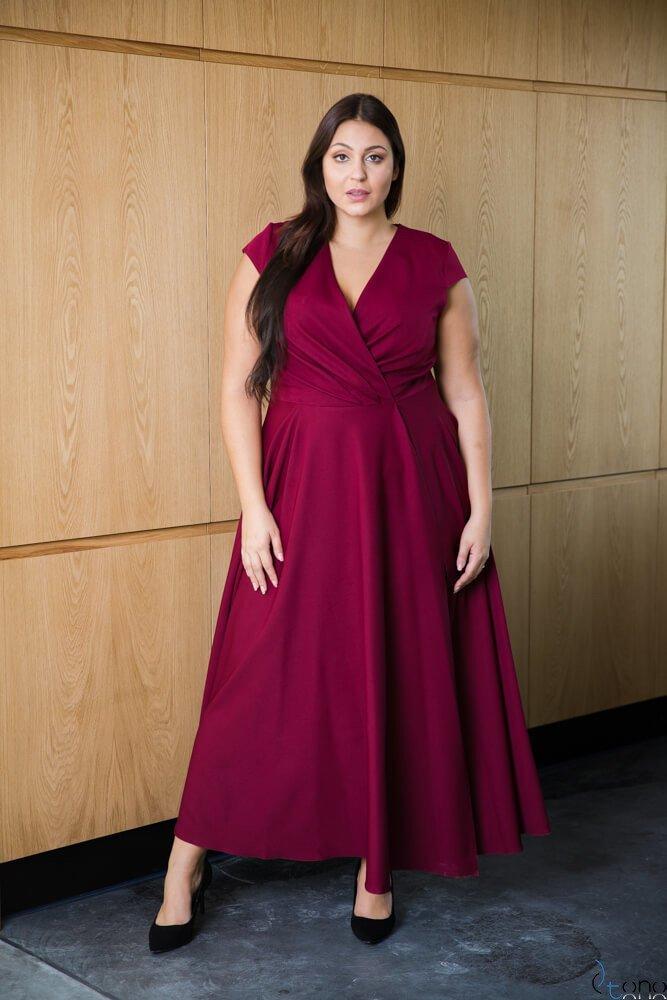 Bordowa Sukienka LOREDANA Plus Size
