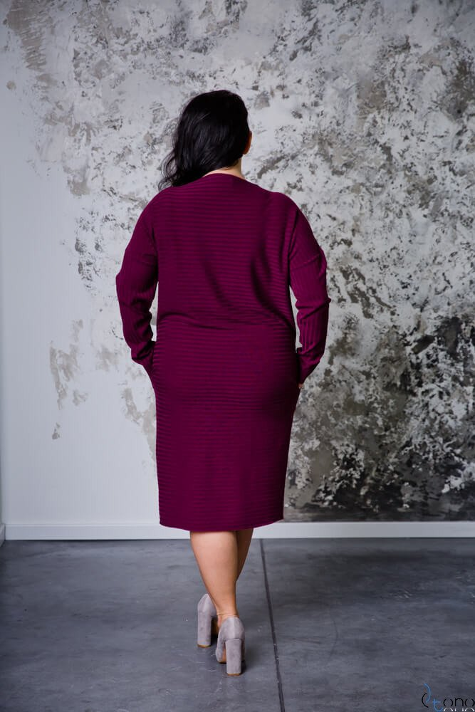 Bordowa Sukienka MAGNETO Plus Size