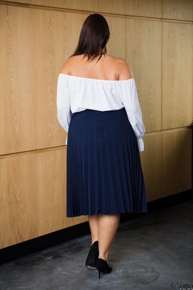 Granatowa Spódnica CARAMELLA Plisowana Plus Size
