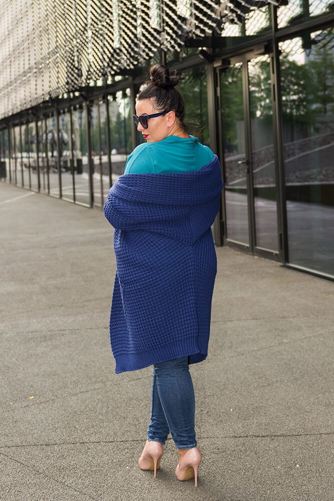 Granatowy Kardigan BENEVIA Maxi Plus Size