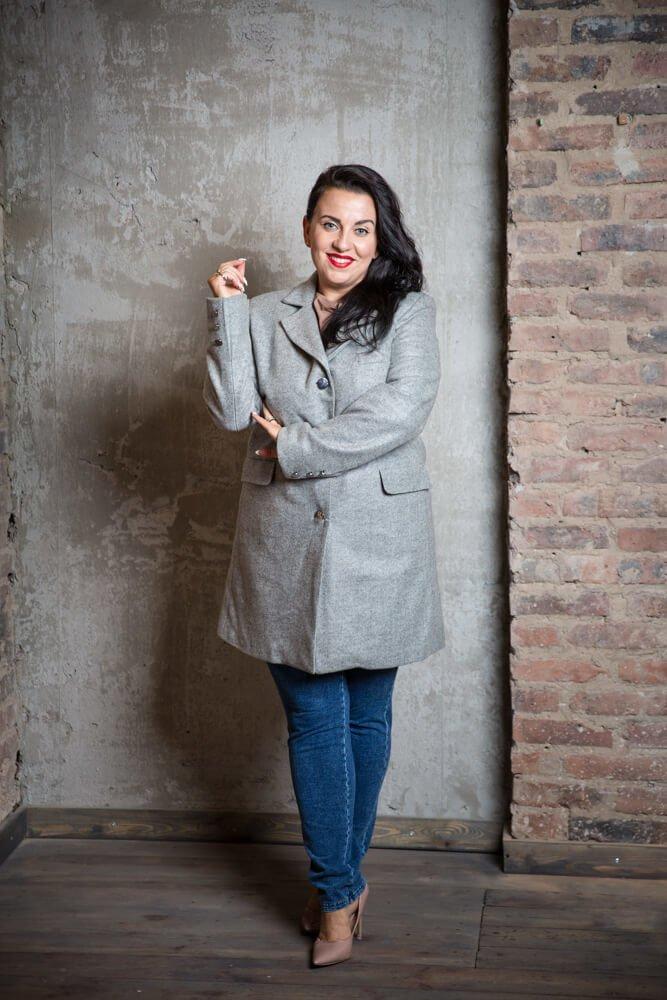 Jasnoszary Płaszcz FIERA Damski Plus Size