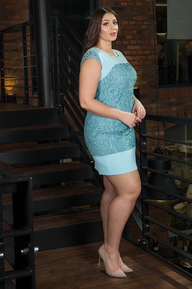Niebieska sukienka koronkowa RALL Duże rozmiary