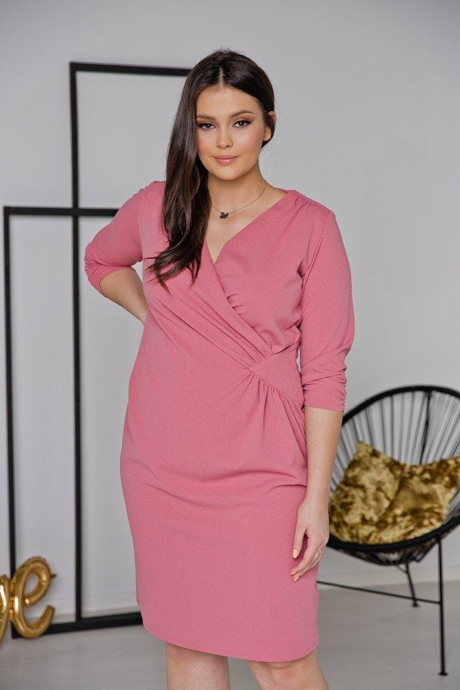 Różowa Sukienka VISPER Kopertowa Plus Size